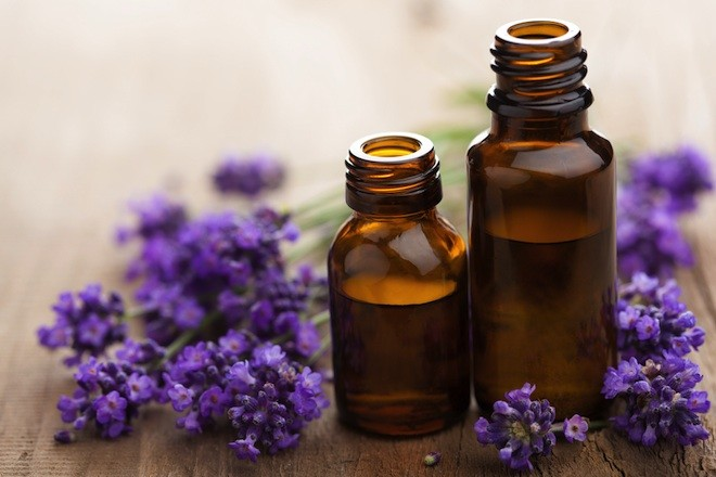 Use lavender oil in your Reiki session